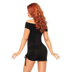 Vestido corto con hombros descubiertos y parte inferior fruncida