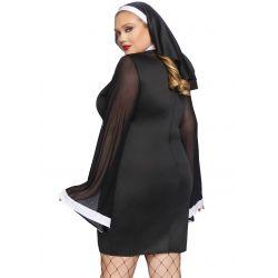 Disfraz de hermana malvada. Vestido con mangas transparente y velo a juego