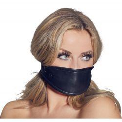 Máscara ajustable de cuero con mordaza de silicona en el interior