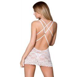 Vestido de lencería hecho de encaje con tirantes cruzados en la espalda