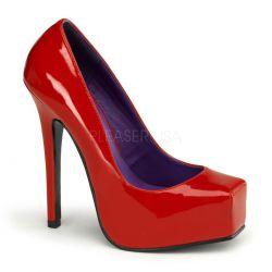 Novedoso zapato plataforma y punta recta